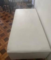Sofa cama / box acolchoado
