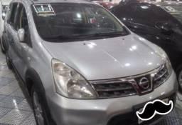 Nissan Livina Completo + Couro 2011