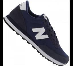 Tênis new balance azul marinho