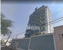 Título do anúncio: Apartamento com 4 dormitórios para alugar, 200 m² por R$ 6.000/mês - Tibery - Uberlândia/M