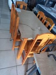 Mesa com seis cadeiras r$ 630