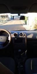 Ford Fiesta 2006 - Abaixo da fipe