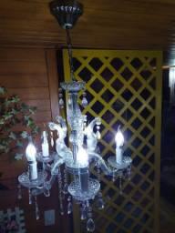 Lustre candelabro de acrílico