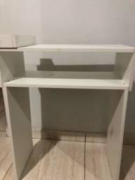 Mesa pra manicure com compartimento
