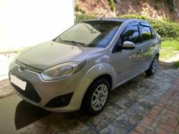 Ford Fiesta sedan completo + GNV - 2011