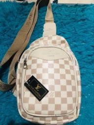 Shoulder Bag Louis Vuitton Nova couro 130,00