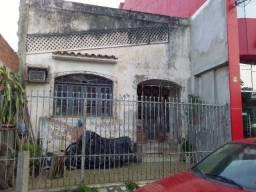 Casa no centro de Alagoinhas