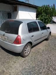Vendo Clio 2001 1.0 16 válvulas