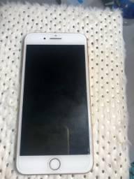 Vendo iPhone 8 Plus 64 GB com caixa e carregador