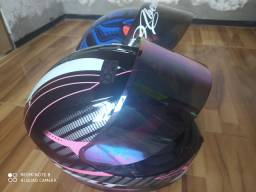 Capacete Axxis e Helt