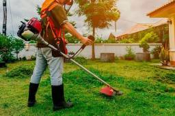 Serviços de jardinagem e roçadeira