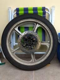 Roda aro 18 com pneu novo