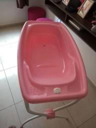 Banheira com coxãozinho com proteção