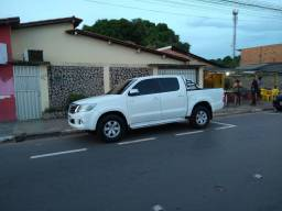 Hilux 4x4 gasolina 2013 automatica srv 2013