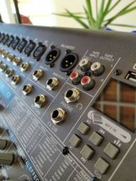 Sistema de som PA profissional