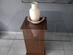 Mesa de vidro + lindo vaso