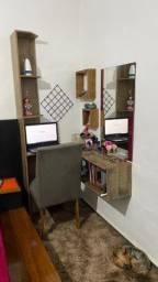 Penteadeira e escrivaninha personalizada