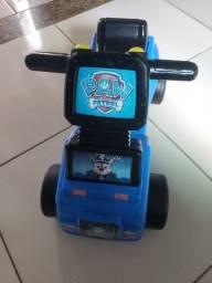 A criançada vai passar horas se divertindo com o Carrinho Andador - Push'N Scoot
