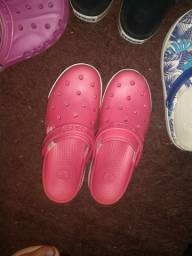 Crocs 38