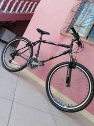 Bicicleta muito nova vende-se urgente