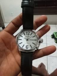 Vendo relógio magnum
