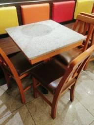Mesa madeira + 3 cadeiras estofadas