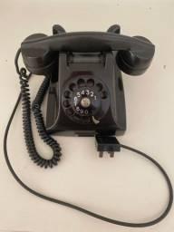 Telefone antigo Ericsson de baquelite