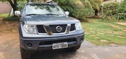 Nissan Frontier 4x4 automático Diesel