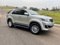 Toyota Hilux Sw4 3.0 4x4 Diesel Aut. 2013