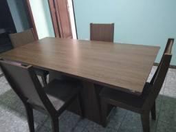 Mesa 4 cadeiras 250$ pra busca Betim Amarante