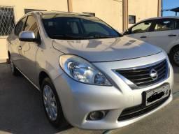 Nissan Versa 1.6 SV - 2012/2013