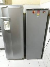 Aplicações de Adesivos em Geladeiras, Freeze's, Fogões, Microondas e muito mais