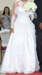 Vendo vestido de noiva ? 2 e 1