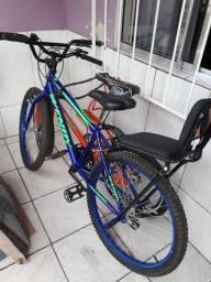 Vendo essa bicicleta por 350 quem tiver interesse me chama lá no zap *