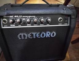 Amplificador de guitarra Meteoro MG 15