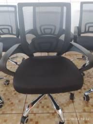 Cadeira Secretária com Ajuste de Altura