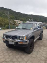 Reliquea Toyota Hilux 98-99