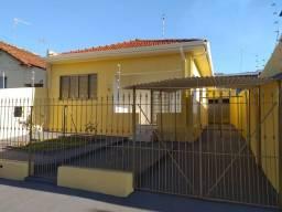 Casa no centro de Jaboticabal.