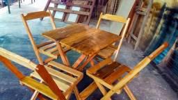 Mesas e cadeira Dobráveis para bar, restaurante etc.