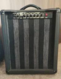 Caixa para guitarra turbinada 370 reais