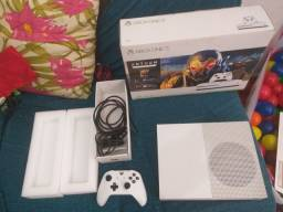Xbox one s 1 tera semi novo