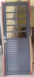 Porta de Aço Ramassol Romex, abertura a direita, 83 x 215 com basculante nova!!!