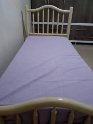 Otima cama solteiro com colchão
