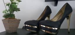 Sandálias salto importadas