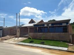 Terreno de esquina 11x20 com duas casas em Fazenda Rio Grande