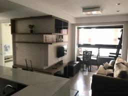 Alugo apto de 2 quartos mobiliado R$ 3.300,00