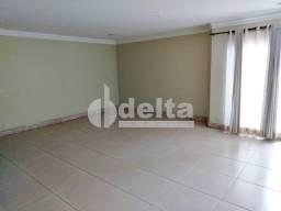 Apartamento para alugar com 3 dormitórios em Saraiva, Uberlandia cod:229822