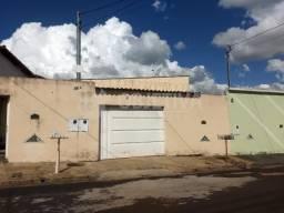 Casa para alugar com 2 dormitórios em Jardim holanda, Uberlandia cod:467875