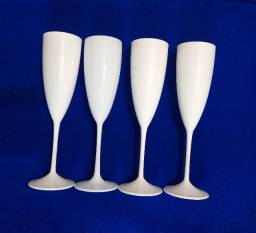 Taças de champanhe de acrílico