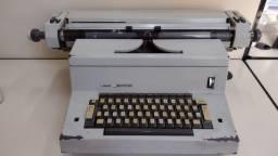 Maquina eletrica Olivetti - Tekne 3
